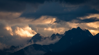 In homage to Turner: A study of clouds and mountains in the Swiss Alps